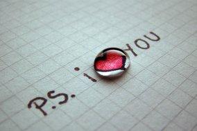 """晚安心语:对悲伤的人,别说""""我希望你快乐"""""""