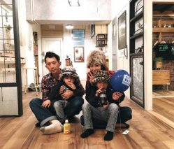 <b>这对日本80后夫妻和双胞胎儿子,用1年时间,让纯手工打造的家火遍了全球</b>
