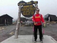 不忘初心,失明后跑步、登山、攀岩、攀冰、独自旅行,曹晟康是如何做到的?