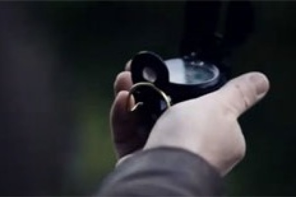 Vimeo创意视频《睁开你的眼》